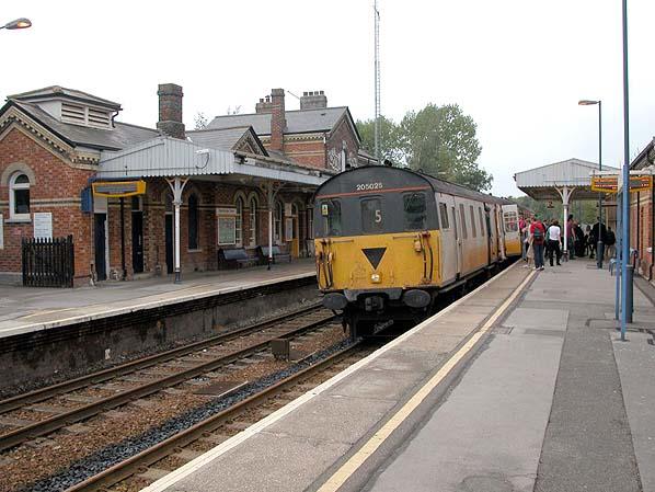 Disused Stations: Edenbridge Town Station
