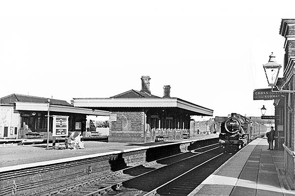 L/&NWR. Holywell Junction Line Holywell Town Railway Station Photo 15