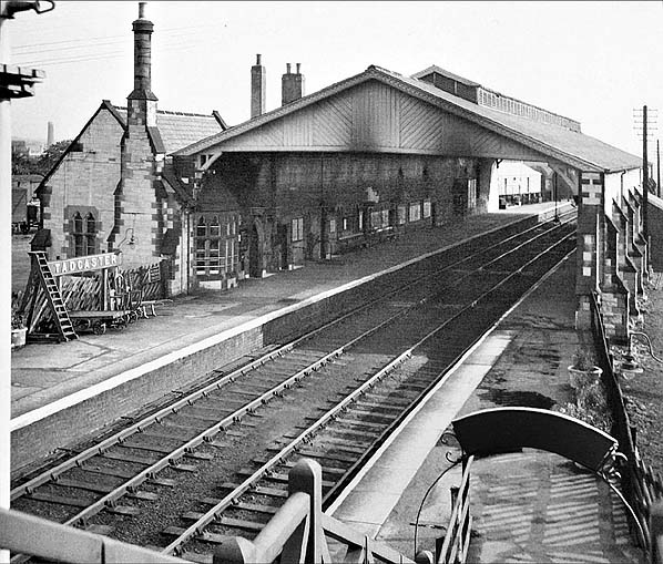 Disused Stations Tadcaster Station